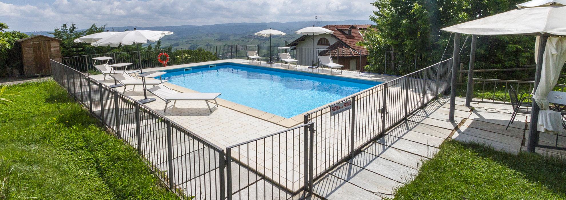 agriturismo-con-piscina-langhe2